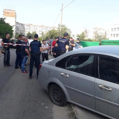 В Киеве нардеп устроил стрельбу по людям боевыми патронами (видео)