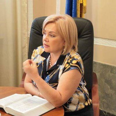 Кума Порошенко написала огромную жалобу в Кабмин