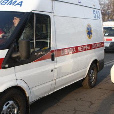 В Киеве на территории школы обнаружили зарезаного мужчину