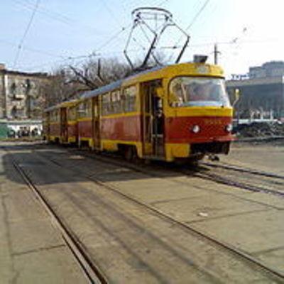 В Киеве невнимательный водитель заблокировал на два часа движение в центре города