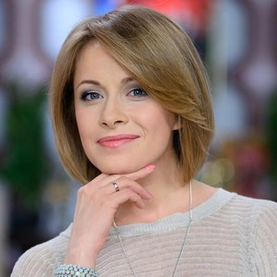 Елена Кравец покорила нежным образом с любимцем