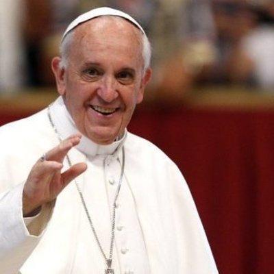 Папа Римский признался, что обращался за помощью к психотерапевту