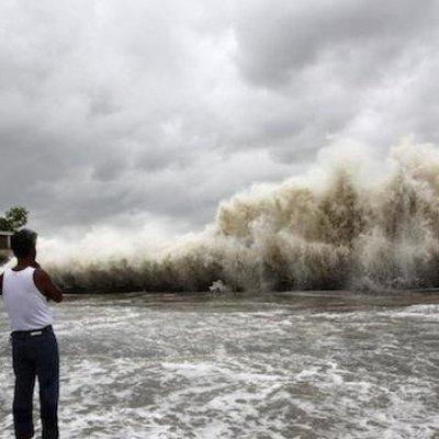 В Китае мощный тайфун, есть погибшие