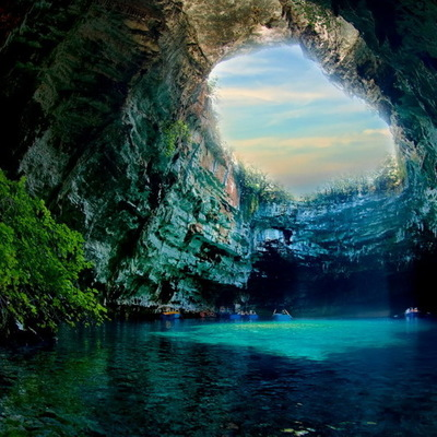 Самое большое подземное озеро в Украине - на Тернопольщине (видео)