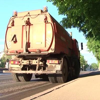 Коммунальщики отказались убирать одну из столичных улиц