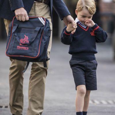 Пока у Кейт Миддлтон токсикоз, принц Уильям самостоятельно водит сына в школу