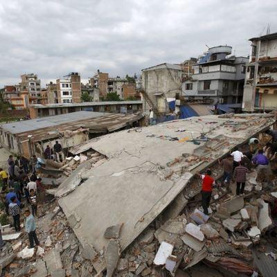 Мощное 8-балльное землетрясение всколыхнуло Мексику