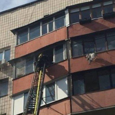 В Киеве во время пожара в многоэтажке погиб 5-летний мальчик