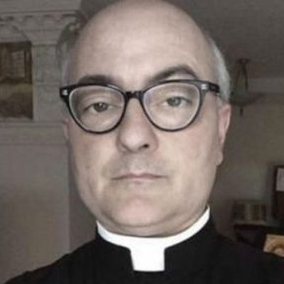 Больной ВИЧ священник изнасиловал 30 детей, но Церковь его простила