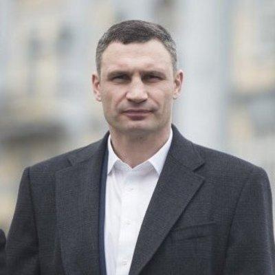 Кличко проинспектировал две школы в Дарницком районе, которые открыли в этом году