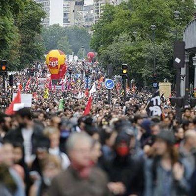 В Париже многотысячный марш профсоюзов превратился в побоище с силовиками