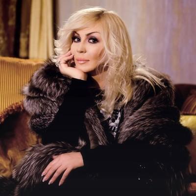 Ирина Билык представила поклонникам чувственное стихотворение о любви