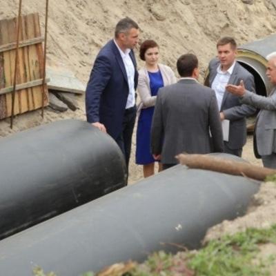 Виталий Кличко проверил, как идет ремонт теплосети на проспекте Соборности
