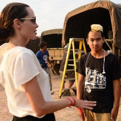 Сын Анджелины Джоли Мэддокс дал свое первое интервью