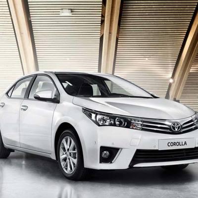 У Луценко закупили 15 машин Toyota Corolla в самой дорогой комплектации