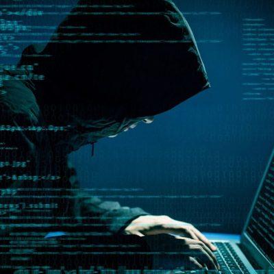 Хакеры взломали официальный сайт Министерства образования и науки Украины и разместили там интимное фото
