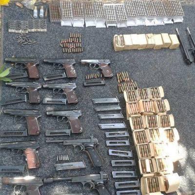 В Мариуполе нашли тайник с боеприпасами и пропусками «службы безопасности ДНР»