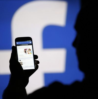 Пусть сидят Вконтакте: в России хотят заблокировать Facebook
