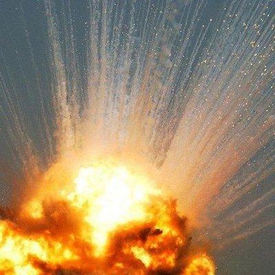 Люди бегут из города: под Винницой взорвался склад с боеприпасами (видео)