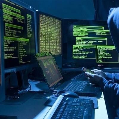 Арестованный США хакер заявил, что работал на «Единую Россию»