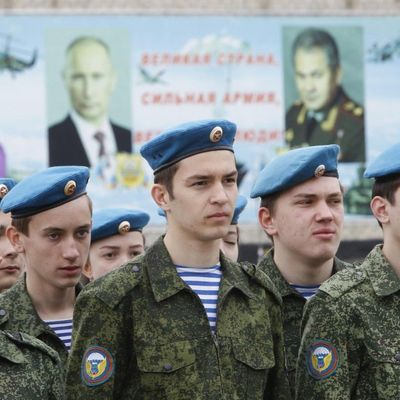 Оккупанты призовут на срочную службу в российскую армию более 2 тысяч крымчан