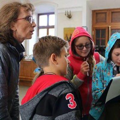 В Москве учитель школы покусала ребенка