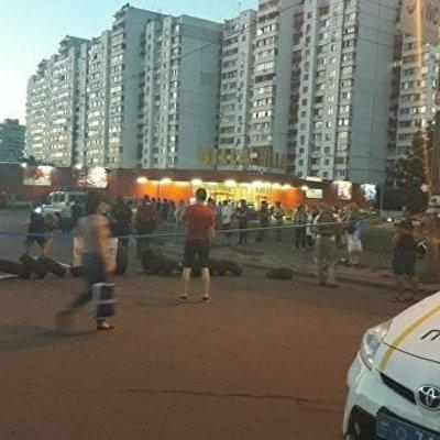 В Киеве активисты разгромили скандальную АЗС