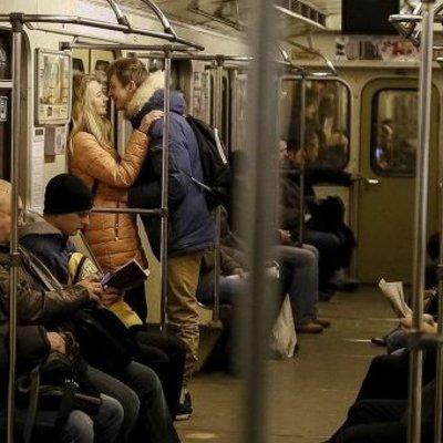 В киевском метро задержали парня с гранатами в рюкзаке