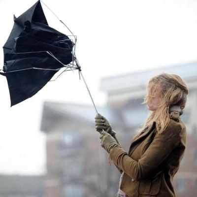 Ураган в Украине, спасатели предупредили украинцев