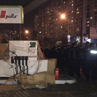 Суд арестовал участок на Ревуцкого и запретил строительство АЗС - прокуратура