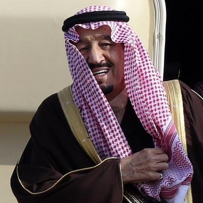 Дворец короля Саудовской Аравии атаковали неизвестные
