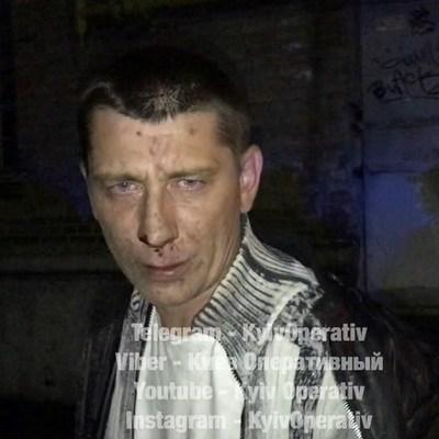 В Киеве пьяный таксист пытался съесть ключи от авто