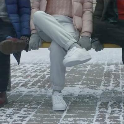 Японский бренд Uniqlo снял рекламный ролик в Киеве