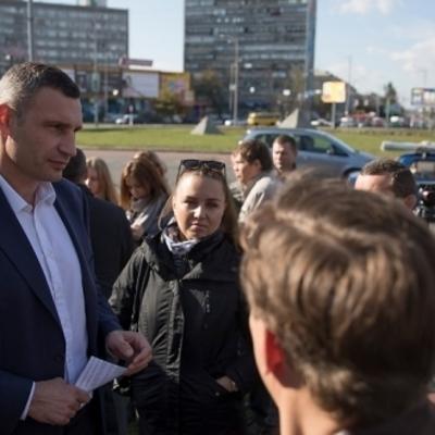 Виталий Кличко: «В следующем году в Киеве капитально отремонтируют Дарницкую площадь и ряд других дорожных объектов»
