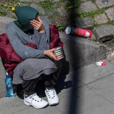 Киевляне разоблачили нищенку из центра Киева