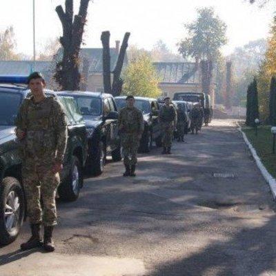 К границам с ЕС стянули военных (фото)