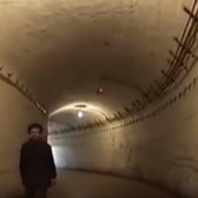 Простым смертным вход запрещен: секретные тоннели для депутатов (видео)