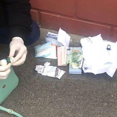 На Киевщине молодая мать пыталась продать 2-летнего сына