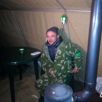 Саакашвили жирует в палатке с буржуйкой, кроватью и пластмассовым столиком (фото)