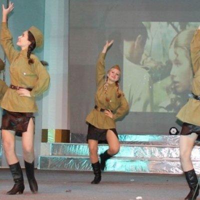 В сети высмеяли фото концерта на оккупированном Донбассе (фото)