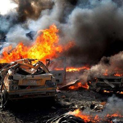 Теракт забрал жизни десятки людей: первые кадры (видео)