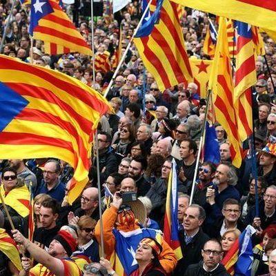 Каталония объявила о независимости