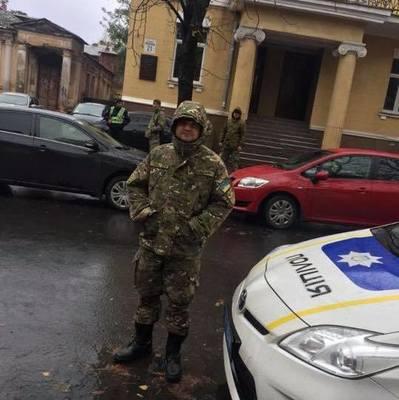 НАБУ проводит обыски у сына Авакова (фото)