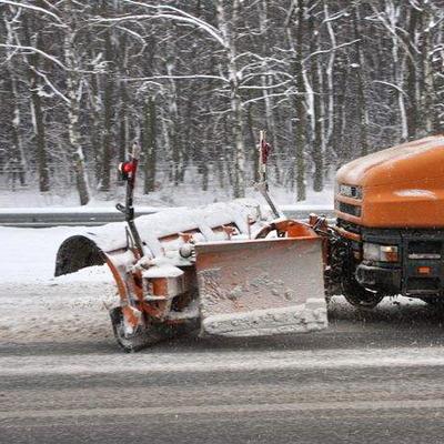 В Киеве снегоуборочные машины заступают на круглосуточное дежурство