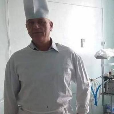 С ножом в сердце: в Николаеве врачи спасли неудачника-самоубийцу