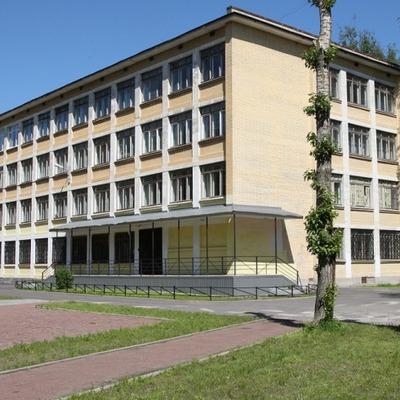 Оккупанты проводят в начальных классах двух школ оккупированного Луганска эксперименты