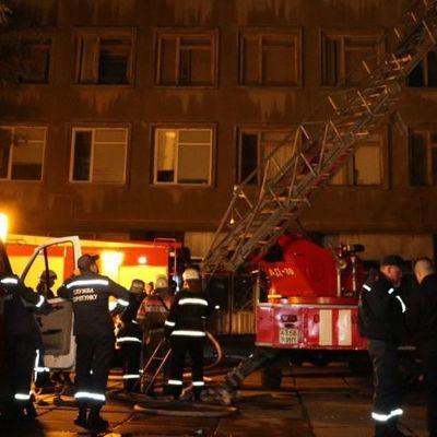 Виновникам пожара возле химлаборатории в Киеве грозит до восьми лет за решеткой