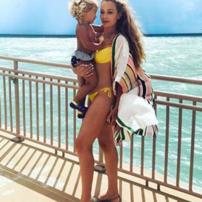 Яна Соломко показала свою маленькую копию - подросшую кудряшку-дочь
