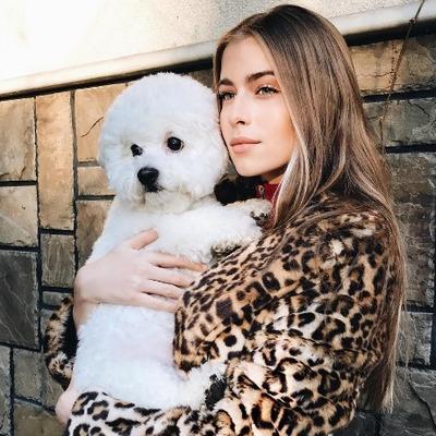 16-летняя внучка Софии Ротару похвасталась курткой за 35000 гривен