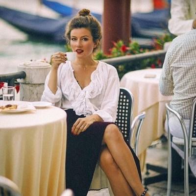 Семейная идиллия: Жанна Бадоева поделилась теплым фото с супругом
